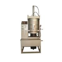 泰安良君益友机械 厂家直销高质量液压榨油机 自动液压榨油机 型号齐全 价格优惠 质量保证 欢迎选购