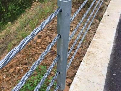洛阳厂家直供甘肃波形护栏 防撞护栏 道路护栏 安全护栏