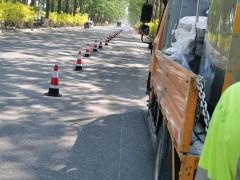 弱弱地分享一例北京林间公路热熔划线案例!